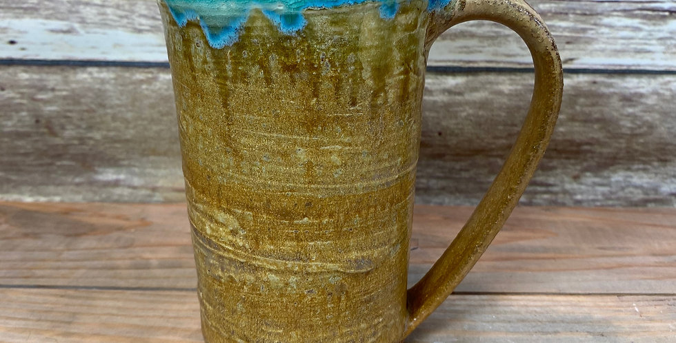 Gold Tall mug 03