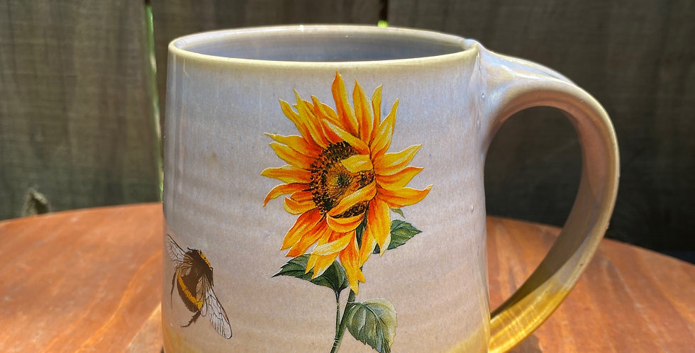 Sunflower and Bee Mug 09