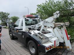 Halogen Lamp Model 950 on Tow truck