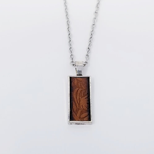 Short Brown Embossed Leather & Metal Pendant Necklace 5