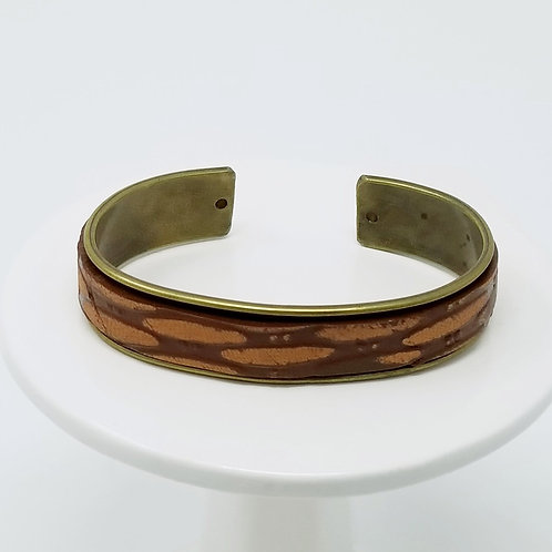 Brown Embossed Feathers Adjusted Leather & Metal Cuff Bracelet