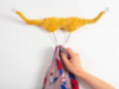 résilientes emmaus upcycling design insertion création récupération slowdesign social refabrication buffalos patère cintres textile vegan