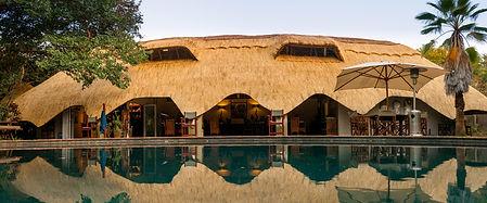 Victoria-Falls-Guest-Lodge2.jpg
