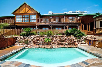 kelway-hotel-swimming-pool-590x390 (1).j