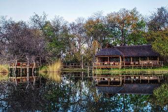camp-xakanaxa-okavango-delta-botswana-ti