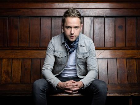 Derek Ryan releases 'The Hits'