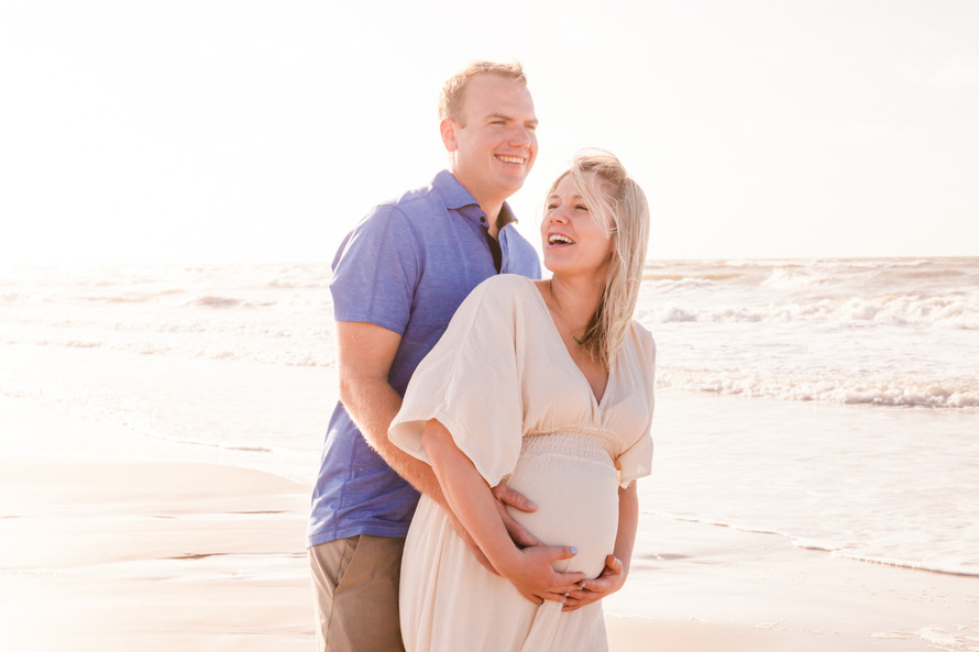 Amanda & Vince Beachside Maternity Session