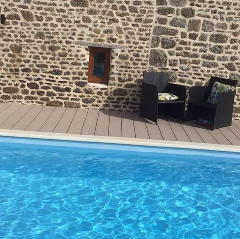 Holiday Cottage with Pool | Gites Le Bisson