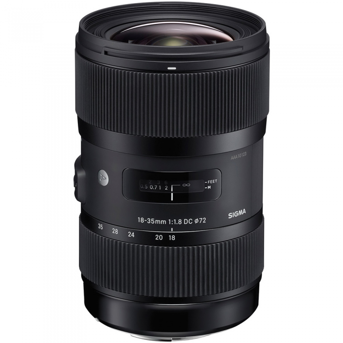 Sigma ART 18-35mm f/1.8 (EF mount)