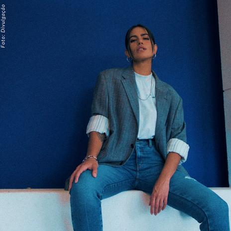 Antônia Morais apresenta seu novo álbum [Luzia 20.20], e traz com ele uma história incrível.
