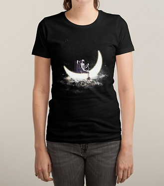 Moon Sailing Women's Tee