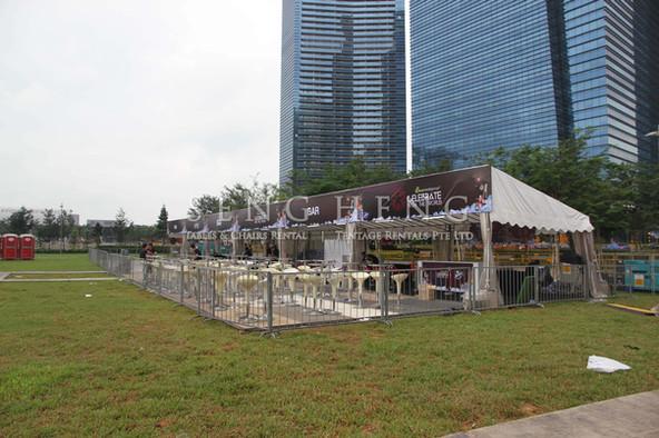 barricades_metal2.jpg