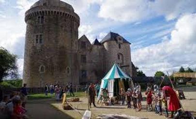 Chateau St Mesmin.jpg