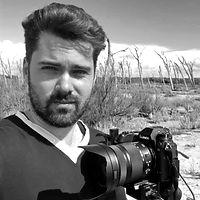 Massimo pocci videographer freelance a Firenze, riprese e montaggio video in Toscana, realizzazione video aziendali, riprese video Firenze.