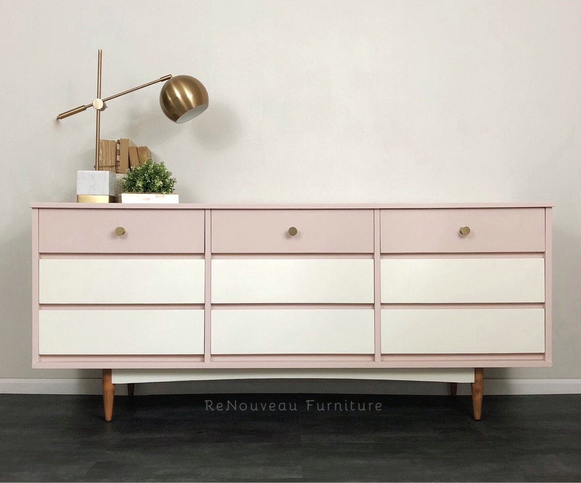 Mid Century Modern 9 Drawers Dresser
