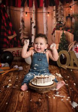 Mansfield Texas Newborn Photographer | Crystal Wakeland Photography | Cake Smash Photographer| Pantego Texas