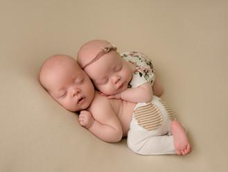 Arlington Texas Newborn Photographer | Crystal Wakeland Photography | Maternity Photographer| Pantego Texas|Milestone Photographer