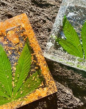 Real Hemp Leaf Rolling Tray & Ash Tray