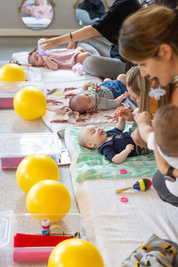 mom and baby classes