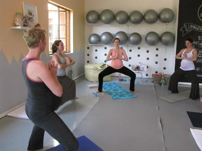 Yogamama: Preggy Yoga