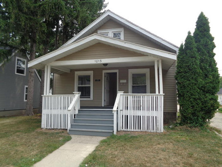 Room for rent ~ 1013 S. Franklin Mt. Pleasant MI 48858