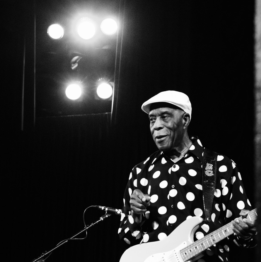 Buddy Guy Live at the Crest Theater in Sacramento, CA 2