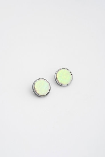 small circle stud earrings with patent leather