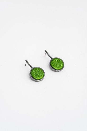 small circle earrings with metalic leather
