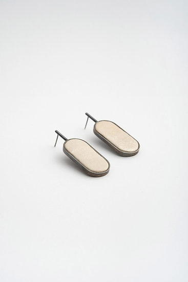 gridworlds earrings oval