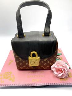 Fashion Purse Cake