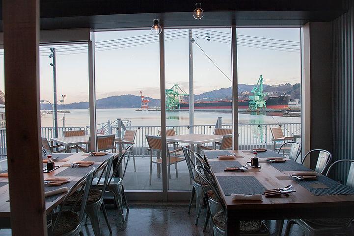 釜石ヒカリ食堂から見える釜石湾