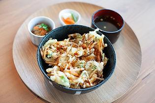 ヒカリ食釜石かき揚げ丼.jpg