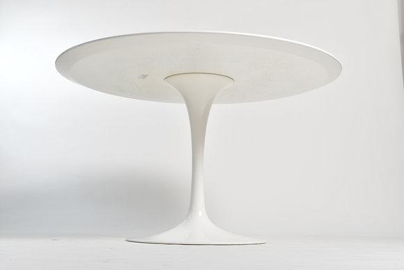 Eero Saarinen Tulip Table 120cm