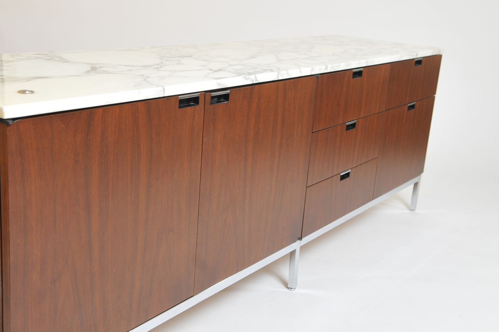 Florence Knoll Sideboard Rosewood
