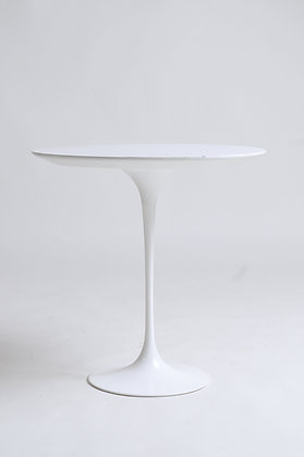 Saarinen Tulip Table Beistelltisch