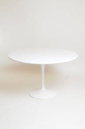 Eero Saarinen Tulip Table 107cm