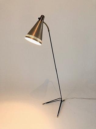 Schwedische Tripod Stehlampe