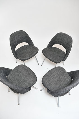 Eero Saarinen Executive Chairs