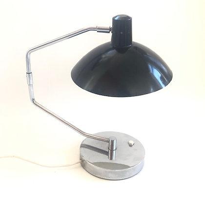 Knoll Tischlampe von Clay Mitchie