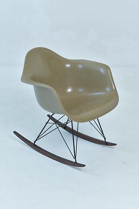 Charles & Ray Eames Rocking Chair RAR