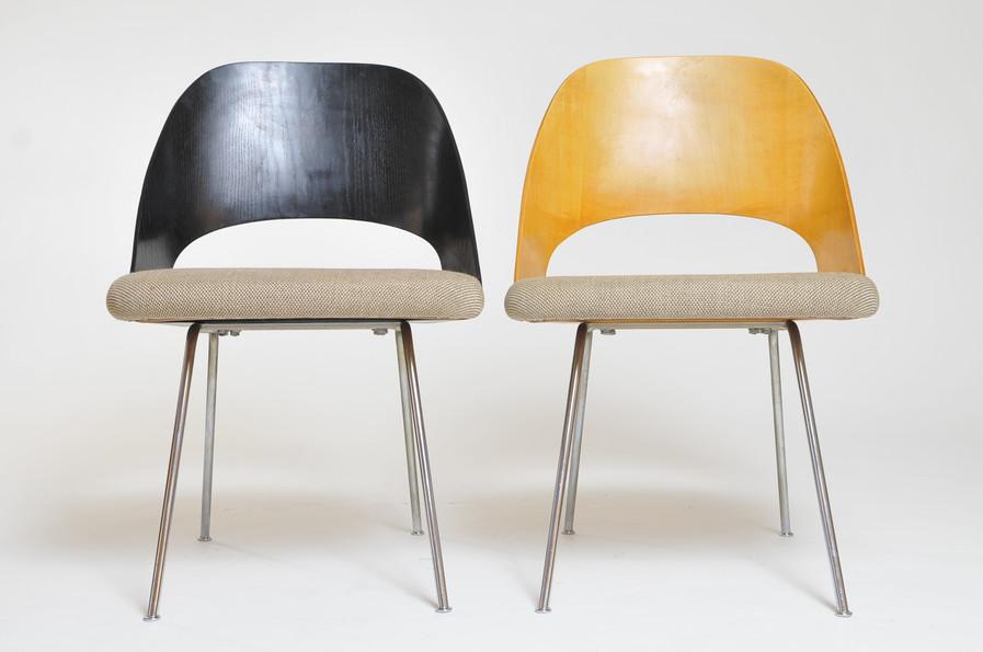 Eero Saarinen Executiv Chairs