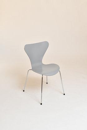 Arne Jacobsen Chairs Serie 7
