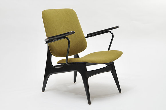 Armchair Louis van Teeffelen WeBe Design
