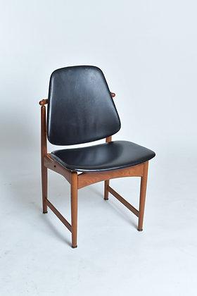 Arne Hovmand-Olsen Teak Chair