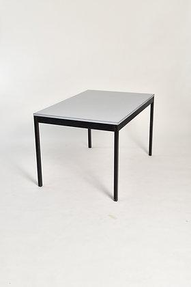 60s Universal Tisch