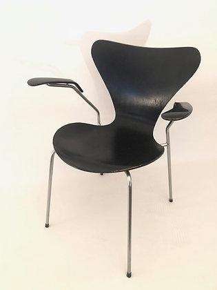Arne Jacobsen Armlehnstühle 3207 4er Set