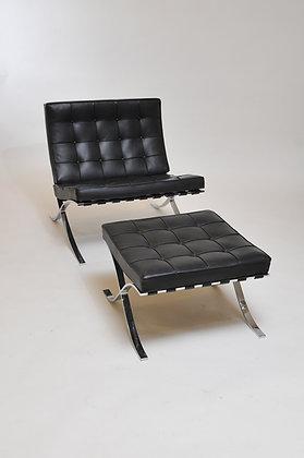 Barcelona Chair mit Ottomane