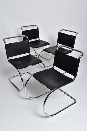 Ludwig Mies van der Rohe Chairs 4er Set