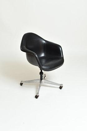 Eames Bürostuhl Herman Miller DAT