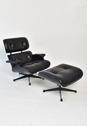 """Charles & Ray Eames Lounge Chair """"Black Edition"""""""